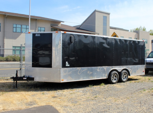2011ES. 2011 BENDRON TITAN 24 Ft. V-Nose Enclosed Cargo Van
