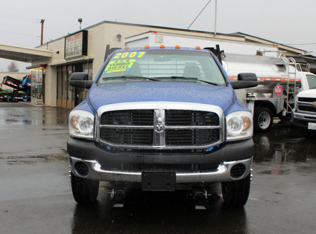 5914.B. 2007 DODGE RAM 3500 4 Door 4×4 Crewcab 1 Ton Flatbed Truck from Town and Country Commercial Truck Sales, Kent (Seattle), WA