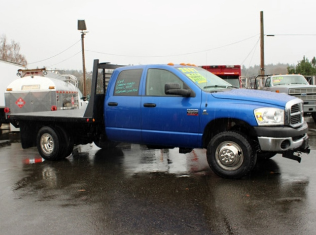 5914.F. 2007 DODGE RAM 3500 4 Door 4×4 Crewcab 1 Ton Flatbed Truck from Town and Country Commercial Truck Sales, Kent (Seattle), WA