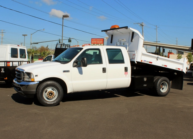 2003 FORD F350 SUPERDUTY Non-CDL 1 Ton 4 Door Crewcab 2.5-3 Yd. Dump Truck Scroll from Town and Country Commercial Truck Sales, Kent (Seattle) WA