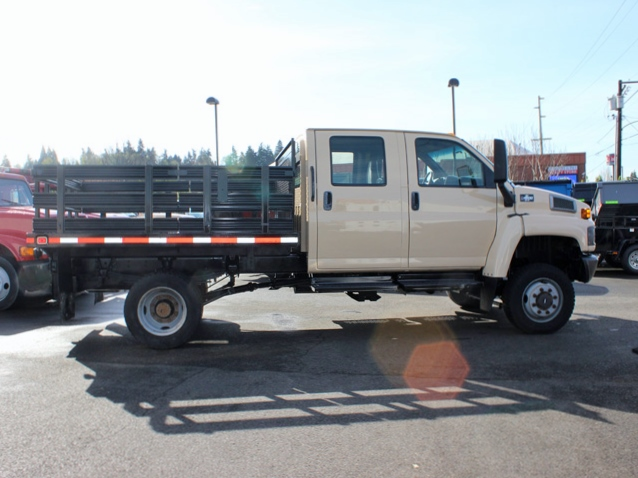 5949.I. 2006 CHEVROLET C4500 4X4 Crewcab Stakeside Flatbed Truck from Town and Country Commercial Truck Sales, Kent (Seattle), WA