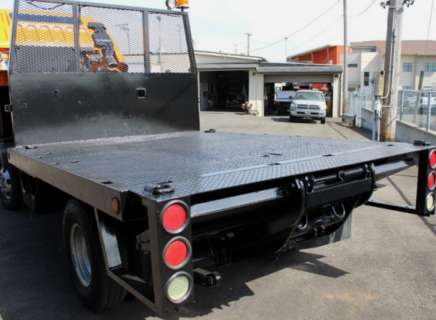 5967.H. 2002 MITSUBISHI FUSO FG 4X4 10 Ft. Flatbed Truck from Town and Country Commercial Truck Sales, Kent (Seattle), WA