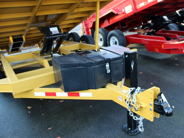 1110.B. 2015 Versa HV-14 82 inch x 14 feet dump trailer from Town and Country Commercial Trailer and Truck Sales, Kent (Seattle), WA