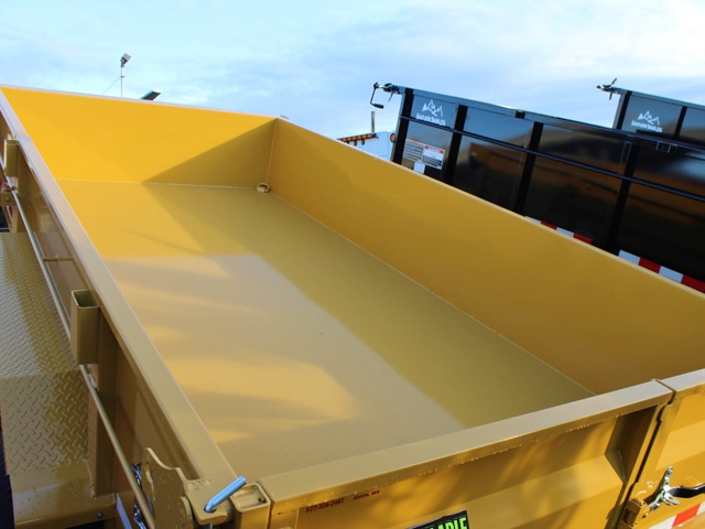 1110.E. 2015 Versa HV-14 82 inch x 14 feet dump trailer from Town and Country Commercial Trailer and Truck Sales, Kent (Seattle), WA