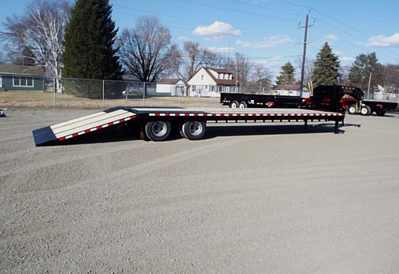 A. FBGN Series Gooseneck Flatbed Trailers from Town and Country Commercial Trailer and Truck Sales, Kent (Seattle), WA