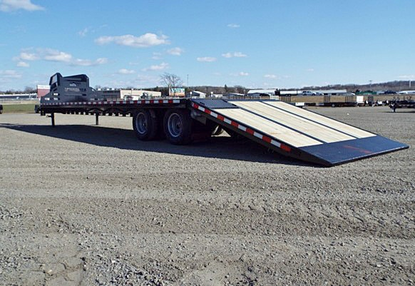 G. FBGN Series Gooseneck Flatbed Trailers from Town and Country Commercial Trailer and Truck Sales, Kent (Seattle), WA