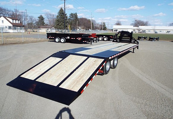 H. FBGN Series Gooseneck Flatbed Trailers from Town and Country Commercial Trailer and Truck Sales, Kent (Seattle), WA
