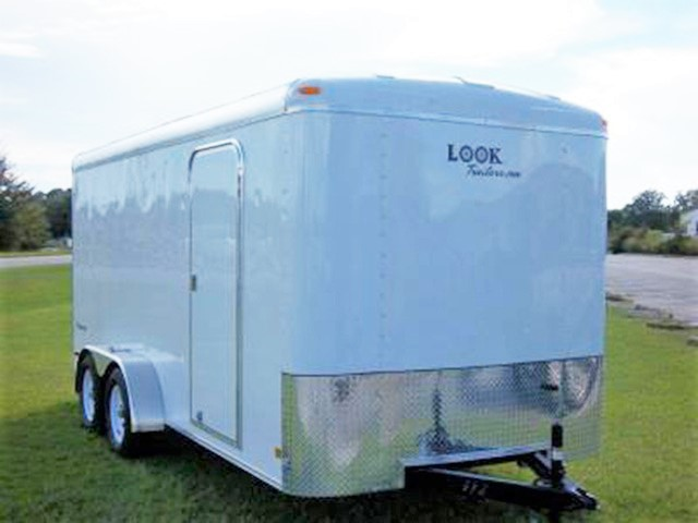 27D. Vision Roundtop trailers from Town and Country Truck and Trailer, Kent (Seattle) WA, selling utility trailers, dump trailers, equipment trailers, flatbed trailers, vending trailers, construction trailers, office trailers and gooseneck trailers
