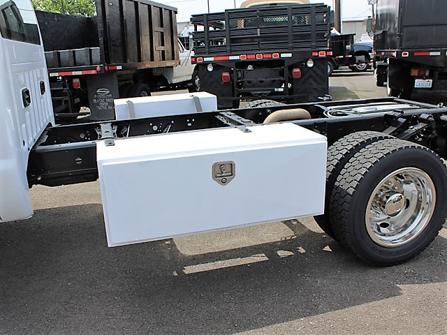 6020.H. 2008 FORD F450 SUPERDUTY Cab Chassis from Town and Country Commercial Truck and Trailer Sales, Kent (Seattle), WA