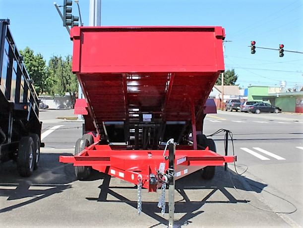 DT.9. Nova DT Series trailers from Town and Country Truck and Trailer, Kent (Seattle) WA