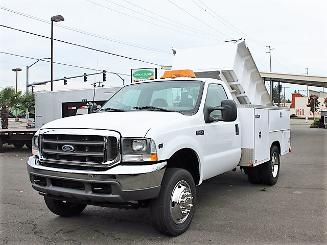 6092. 2002 FORD F450 Super duty 9 ft. Utility Dump Truck from Town and Country Commercial Truck and Trailer Sales, Kent (Seattle), WA