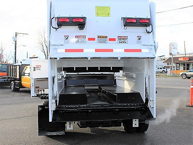 6036.L. 2006 FORD F450 Non-CDL Refuse Garbage Packer Truck with Container Lifts from Town and Country Commercial Truck and Trailer Sales, Kent (Seattle), WA