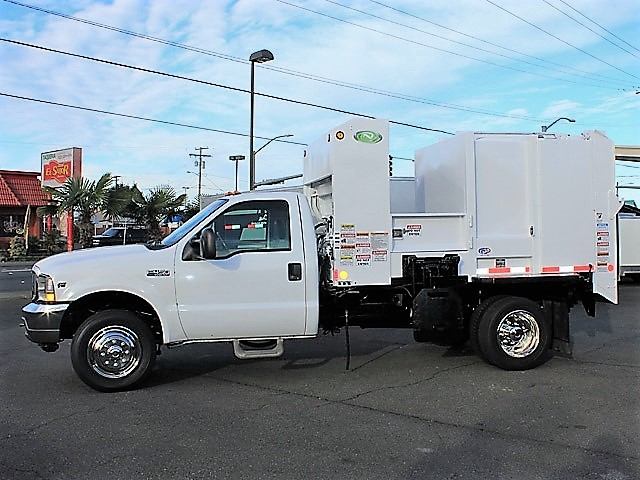 6036.O. 2006 FORD F450 Non-CDL Refuse Garbage Packer Truck with Container Lifts from Town and Country Commercial Truck and Trailer Sales, Kent (Seattle), WA