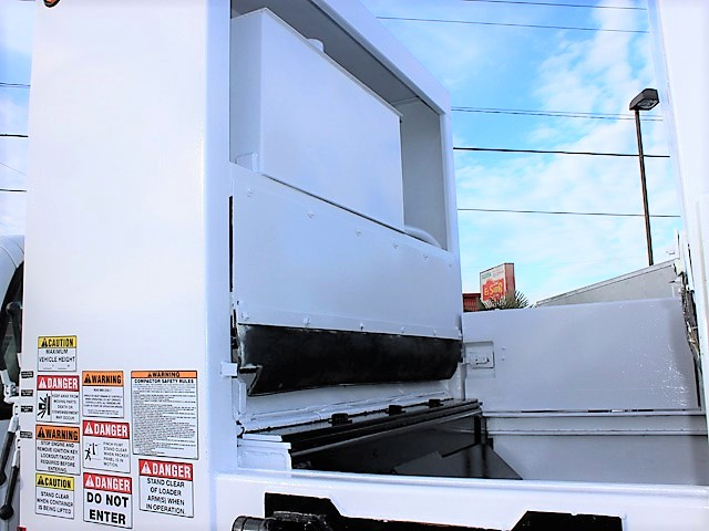 6036.S. 2006 FORD F450 Non-CDL Refuse Garbage Packer Truck with Container Lifts from Town and Country Commercial Truck and Trailer Sales, Kent (Seattle), WA