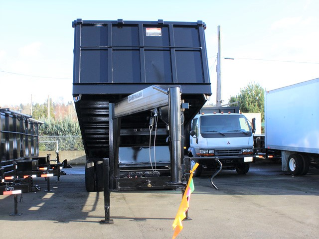 6090.B. 2006 C&B Gooseneck 20 ft. tall-sided dump trailer from Town and Country Commercial Truck and Trailer Sales, Kent (Seattle), WA