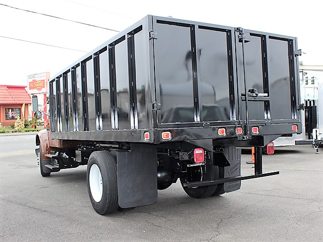 6055.G. 2002 INTERNATIONAL 4700 Non-CDL 12 ft. flatbed dump truck from Town and Country Commercial Truck and Trailer Sales, Kent (Seattle), WA
