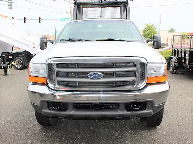 6129.C. 1999 Ford F350 8 ft. landscape truck from Town and Country Commercial Truck and Trailer Sales, Kent (Seattle), WA
