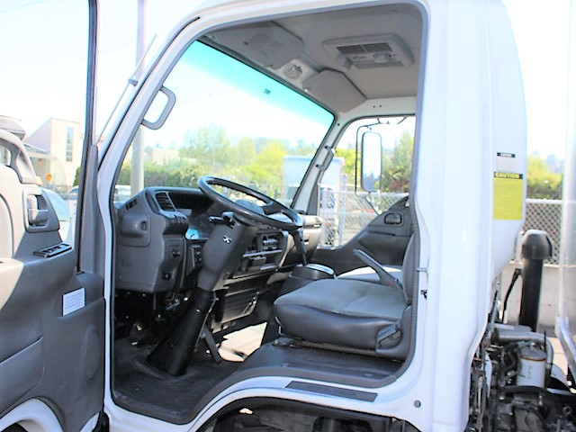 ES2007.34. 2007 ISUZU NPR 14 ft. Box truck with pressure washer system from Town and Country Commercial Truck and Trailer Sales, Kent (Seattle), WA