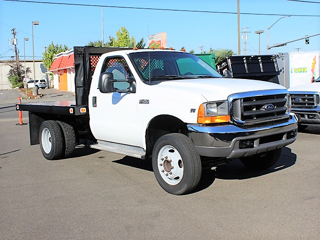 6124.F. 2001 FORD F450 SUPER DUTY 10 ft. flatbed truck from Town and Country Commercial Truck and Trailer Sales, Kent (Seattle), WA
