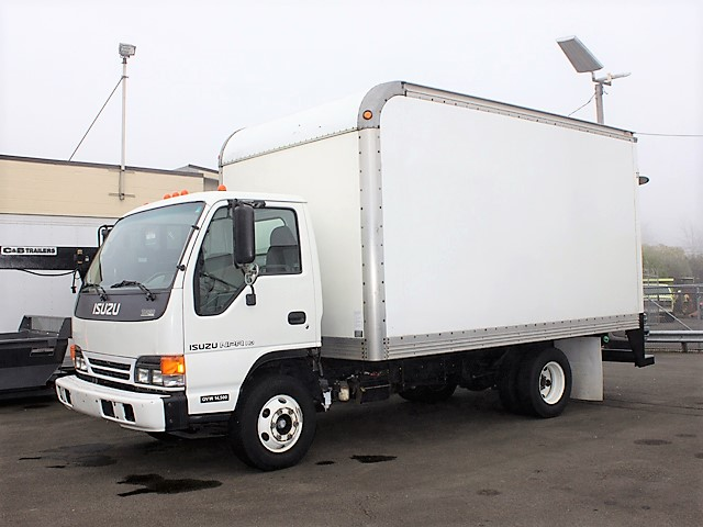 2005 ISUZU NPR 14 ft. box truck from Town and Country Commercial Truck and Trailer Sales, Kent (Seattle), WA