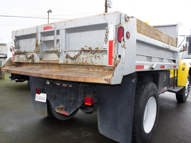 1995ES.E. 1995 FORD F750 10 ft. dump truck from Town and Country Commercial Truck and Trailer Sales, Kent (Seattle), WA