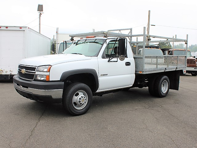 2006 CHEVROLET 3500 One Ton Galvanized 10 ft. Flatbed Truck