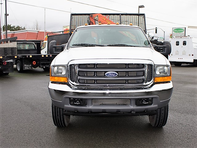 6126.G. 2001 FORD F450 Super Duty 9 ft. flatbed dump truck with articulating boom crane from Town and Country Commercial Truck and Trailer Sales, Kent (Seattle), WA