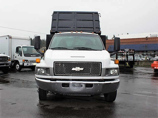 6205K. Non-CDL 2004 Chevrolet C4500 Kodiak 12 ft. landscape dump truck from Town and Country Commercial Truck and Trailer Sales, Kent (Seattle), WA