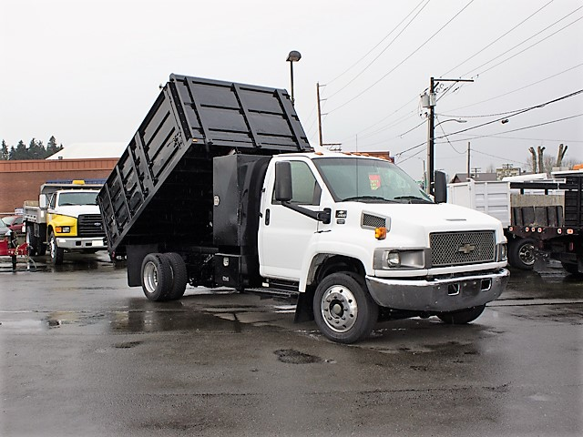 6205L. Non-CDL 2004 Chevrolet C4500 Kodiak 12 ft. landscape dump truck from Town and Country Commercial Truck and Trailer Sales, Kent (Seattle), WA