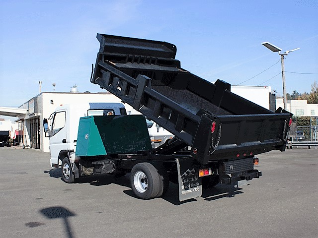 6288.E. 2008 Mitsubishi Fuso FE125 12 ft. dump truck from Town and Country Commercial Truck and Trailer Sales, Kent (Seattle), WA