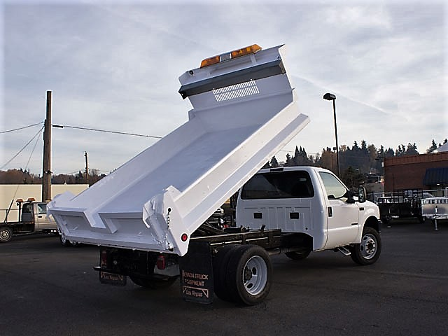 6299.B. 2002 Ford F450 Superduty 11ft. dump truck from Town and Country Commercial Truck and Trailer Sales, Kent (Seattle), WA.