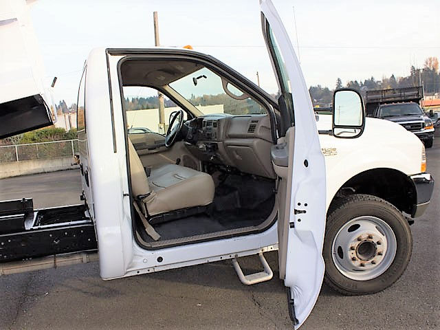 6299.N. 2002 Ford F450 Superduty 11ft. dump truck from Town and Country Commercial Truck and Trailer Sales, Kent (Seattle), WA.