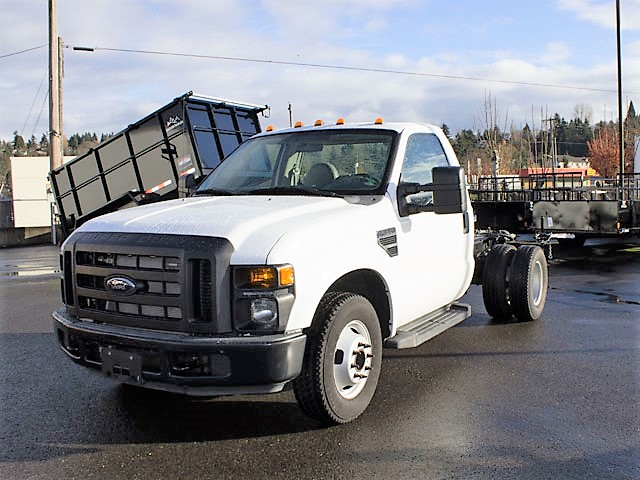 #6311: 2008 Ford F350 XL Super Duty cab/chassis