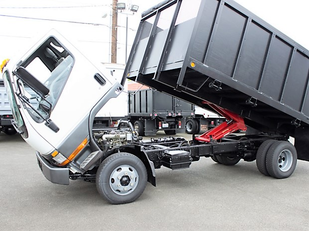 6353.F. 1996 Mitsubishi FE SP 14 ft. flatbed dump truck from Town and Country Commercial Truck and Trailer Sales, Kent (Seattle), WA.