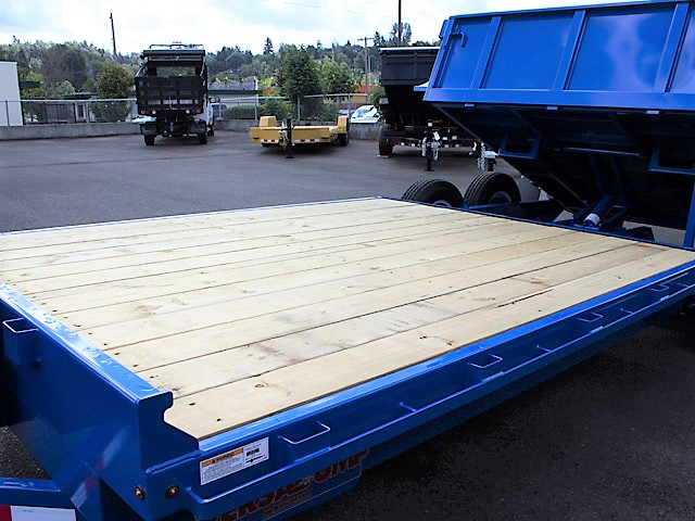 4. FFRD Flatbed forward rear dump trailer from Town and Country Commercial Truck and Trailer Sales, Kent (Seattle), WA.