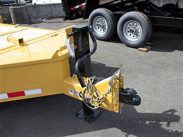 5. Other dump trailers from Town and Country Commercial Truck and Trailer Sales, Kent (Seattle), WA.