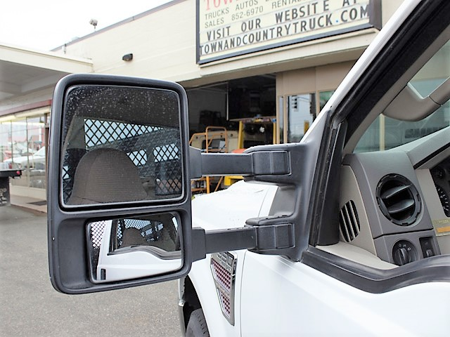 6372.Q. 2008 FORD F350 Super Duty 12 ft. flatbed truck from Town and Country Commercial Truck and Trailer Sales, Kent (Seattle), WA.
