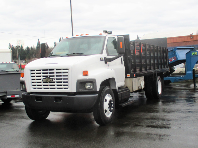 6375. Non-CDL 2006 CHEVROLET C7500 18 ft. stake side flatbed truck from Town and Country Commercial Truck and Trailer Sales, Kent (Seattle), WA.