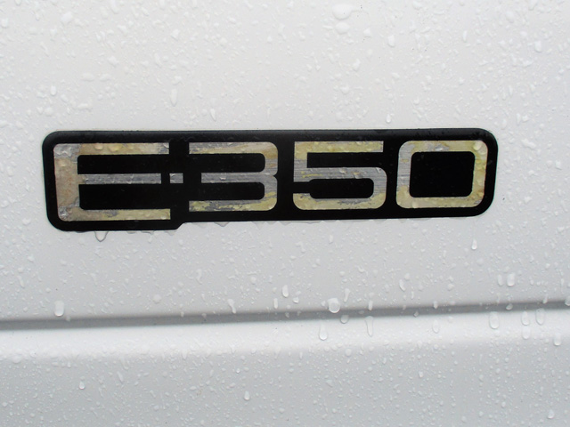 ES1998.B. 1998 FORD E350 14 ft. Box Van from Town and Country Truck and Trailer Sales, Kent (Seattle), WA.