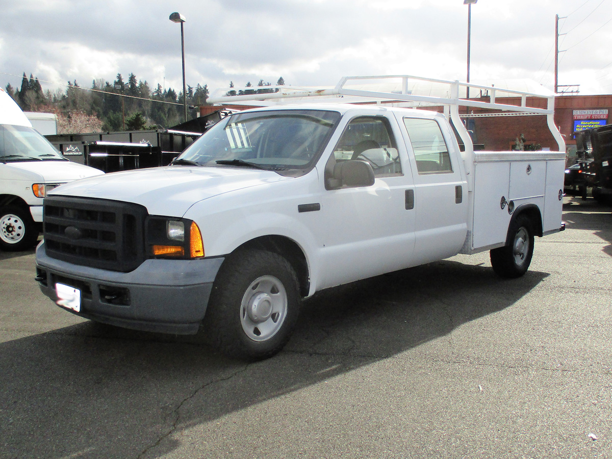 2006 FORD F250 9 ft. Four-door Crewcab Service / Utility Truck from Town and Country Truck and Trailer Sales, Kent (Seattle), WA.