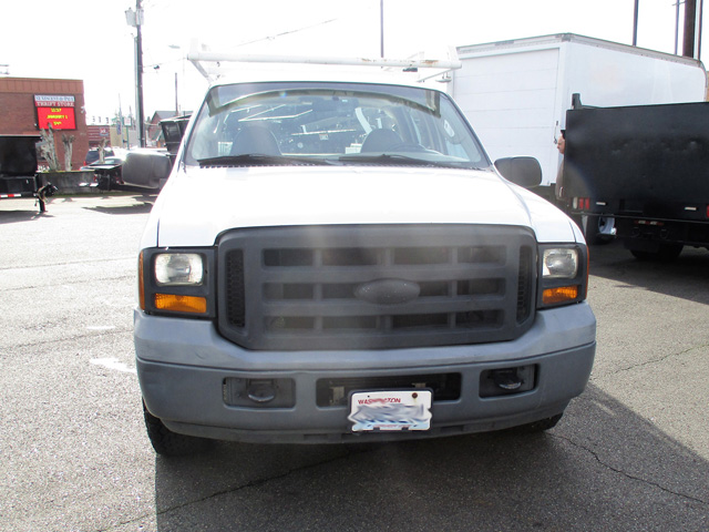 ES2006.C. 2006 FORD F250 9 ft. Four-door Crewcab Service / Utility Truck from Town and Country Truck and Trailer Sales, Kent (Seattle), WA.