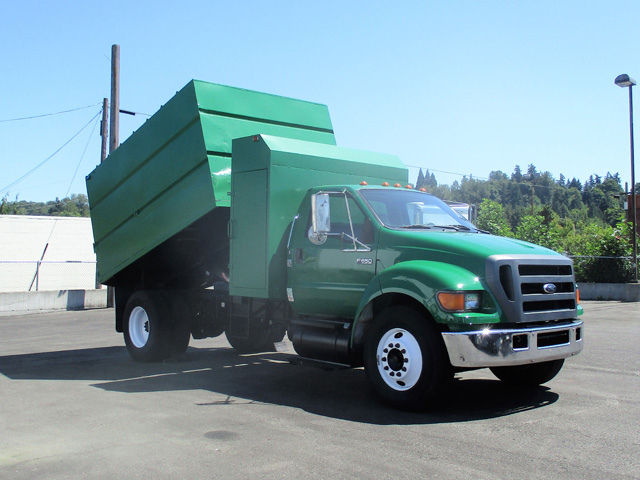 2005 Ford F650 14 ft. Chipper Dump Truck from Town and Country Truck and Trailer Sales, Kent (Seattle), WA.