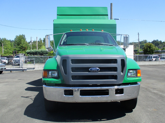 6454.B. 2005 Ford F650 14 ft. Chipper Dump Truck from Town and Country Truck and Trailer Sales, Kent (Seattle), WA.
