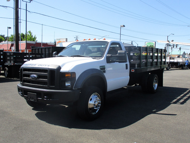 2008 Ford F550 12 ft. Flatbed Stakeside Truck