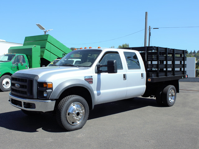 2008 Ford F450 Super Duty 4x4 Crewcab 8 ft. Flatbed Truck from Town and Country Truck and Trailer Sales, Kent (Seattle), WA.