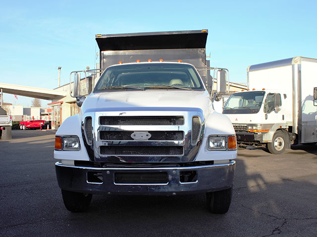 6471.C. 2005 FORD F650 Super Duty 5 Yard Non-CDL Dump Truck from Town and Country Truck and Trailer Sales, Kent (Seattle), WA.