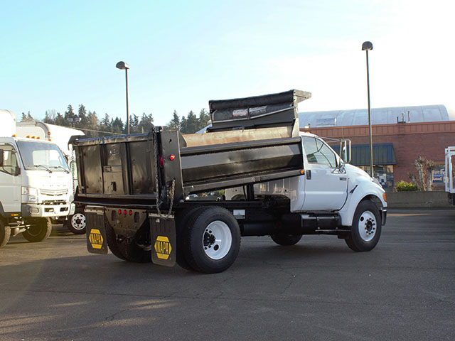 6471.H. 2005 FORD F650 Super Duty 5 Yard Non-CDL Dump Truck from Town and Country Truck and Trailer Sales, Kent (Seattle), WA.