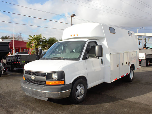 2008 CHEVROLET 3500 Covered Service Utility Van