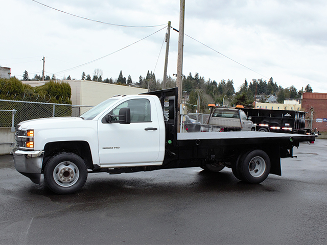 2015 CHEVROLET 3500 HD 12 ft. flatbed truck from Town and Country Truck and Trailer Sales, Kent (Seattle), WA.