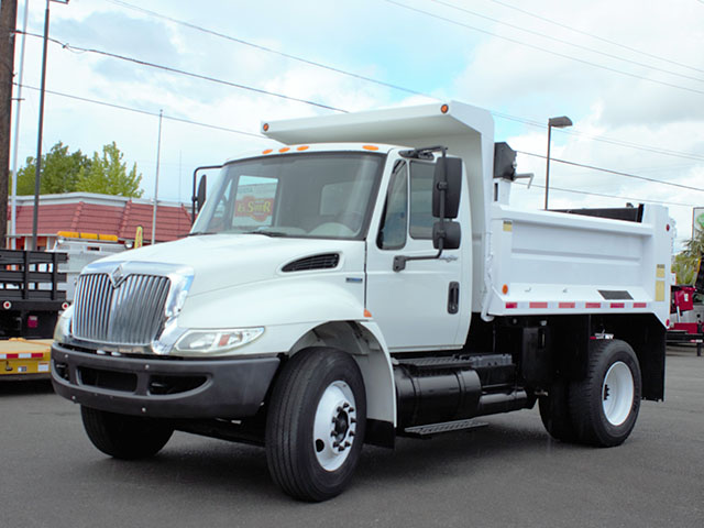 6553.C. 2008 International 4300 6-7 Yard Dump Truck from Town and Country Truck and Trailer Sales, Kent (Seattle), WA.